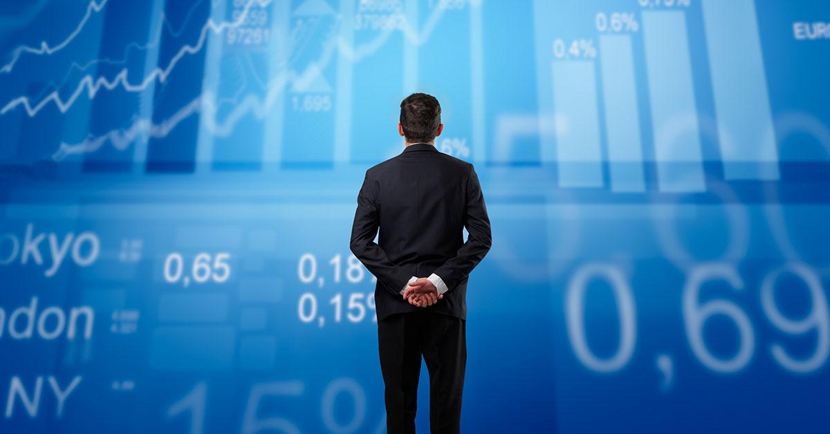 Ações ou imóveis? Qual é o melhor investimento para o seu dinheiro?